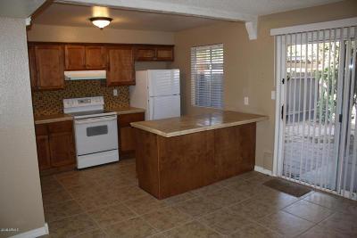 Glendale Condo/Townhouse For Sale: 4853 W Marlette Avenue