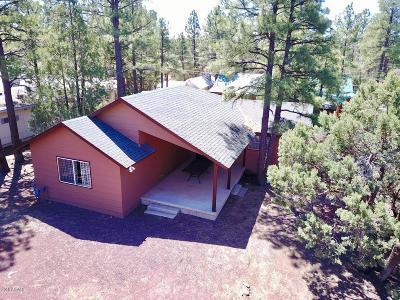 Lakeside Single Family Home For Sale: 1939 W Grove Drive
