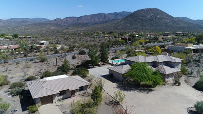 Cave Creek Single Family Home For Sale: 7227 E Highland Road
