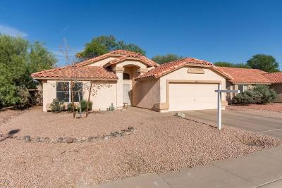 Gilbert Single Family Home UCB (Under Contract-Backups): 627 N Redrock Street
