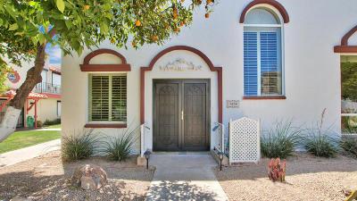 Condo/Townhouse For Sale: 7698 E Minnezona Avenue