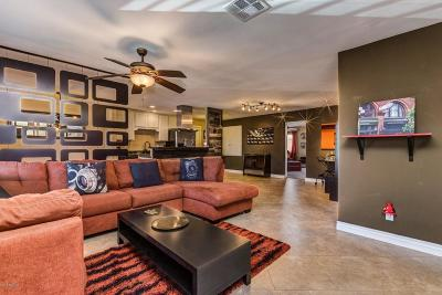 Phoenix Single Family Home For Sale: 2345 W Earll Drive