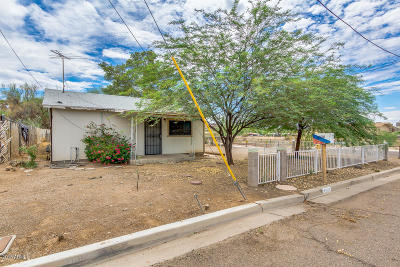 Single Family Home For Sale: 8905 N 10th Street