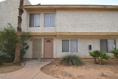 Phoenix Condo/Townhouse For Sale: 3840 N 43rd Avenue #34