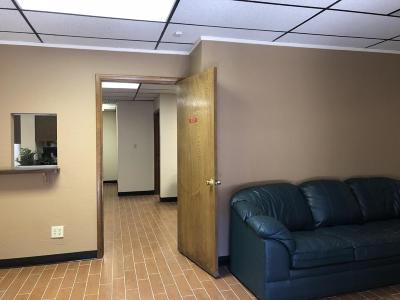 Mesa Commercial Lease For Lease: 456 N Vineyard Street