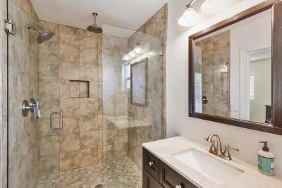 Phoenix Single Family Home For Sale: 2201 E Weldon Avenue