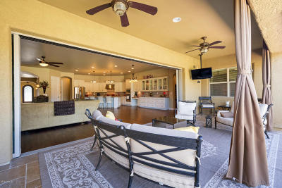 Gilbert Single Family Home For Sale: 2442 S Heritage Drive