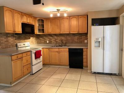 Phoenix Single Family Home For Sale: 14020 N 38th Place