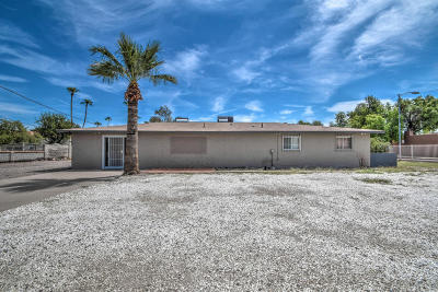 Phoenix Single Family Home For Sale: 15621 N 27th Street