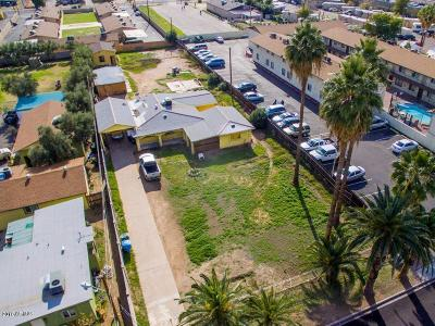 Phoenix Single Family Home For Sale: 2421 W Glenrosa Avenue