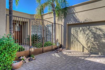 Phoenix Single Family Home For Sale: 2737 E Arizona Biltmore Circle #23