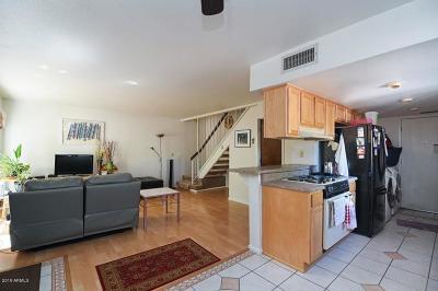 Condo/Townhouse For Sale: 4829 E Euclid Avenue #1