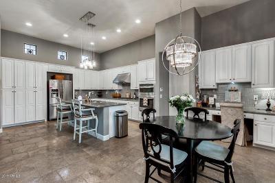 Scottsdale Single Family Home For Sale: 9494 E Ironwood Bend