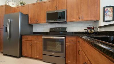 Apartment For Sale: 11640 N Tatum Boulevard #2076