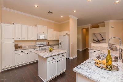 Maricopa County Single Family Home For Sale: 8302 W Escuda Drive