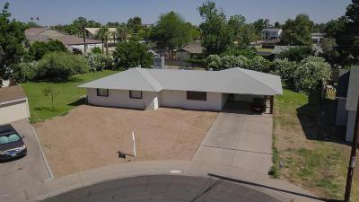 Phoenix Single Family Home For Sale: 2837 E Minnezona Avenue
