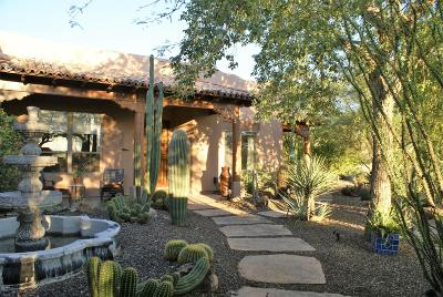 Carefree AZ Single Family Home For Sale: $639,900