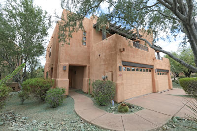 Scottsdale Condo/Townhouse For Sale: 10154 E White Feather Lane