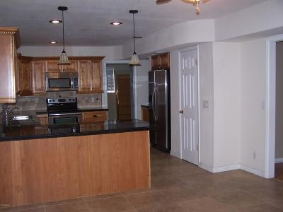 Phoenix AZ Single Family Home For Sale: $285,000