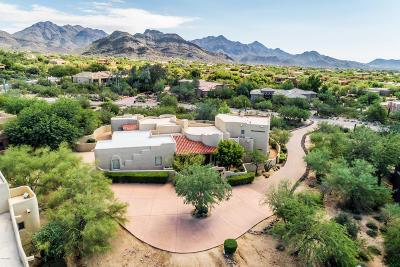 Scottsdale Single Family Home For Sale: 9248 E Los Gatos Drive