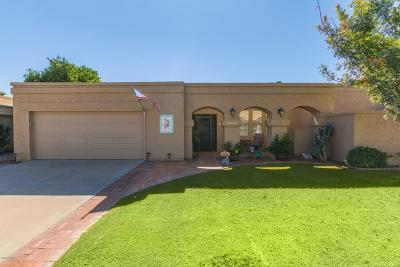 Scottsdale Condo/Townhouse For Sale: 7849 E Via Costa