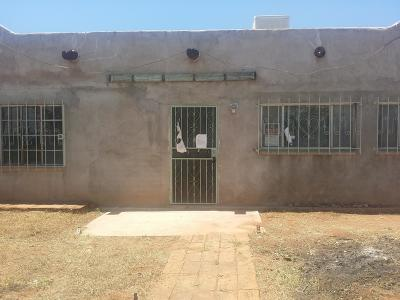 Douglas AZ Single Family Home For Sale: $48,000