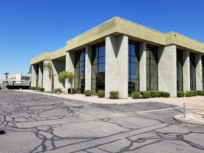 Commercial For Sale: 2920 N 24th Avenue