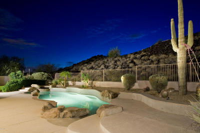 Scottsdale Single Family Home For Sale: 13434 E Sorrel Lane