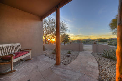 Scottsdale Single Family Home For Sale: 11006 E Santa Fe Trail