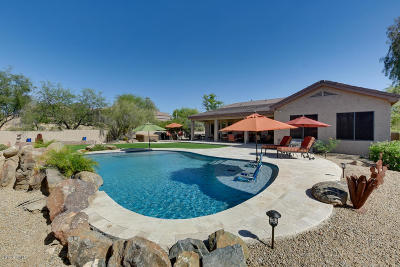 Phoenix Single Family Home UCB (Under Contract-Backups): 24 E Sagebrush Drive
