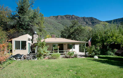Sedona Single Family Home For Sale: 720 Staggs Loop