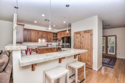 Phoenix Condo/Townhouse For Sale: 229 W Portland Street