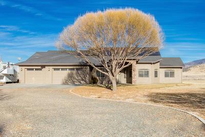 Prescott Valley Single Family Home For Sale: 9470 E Dutchmans Cove