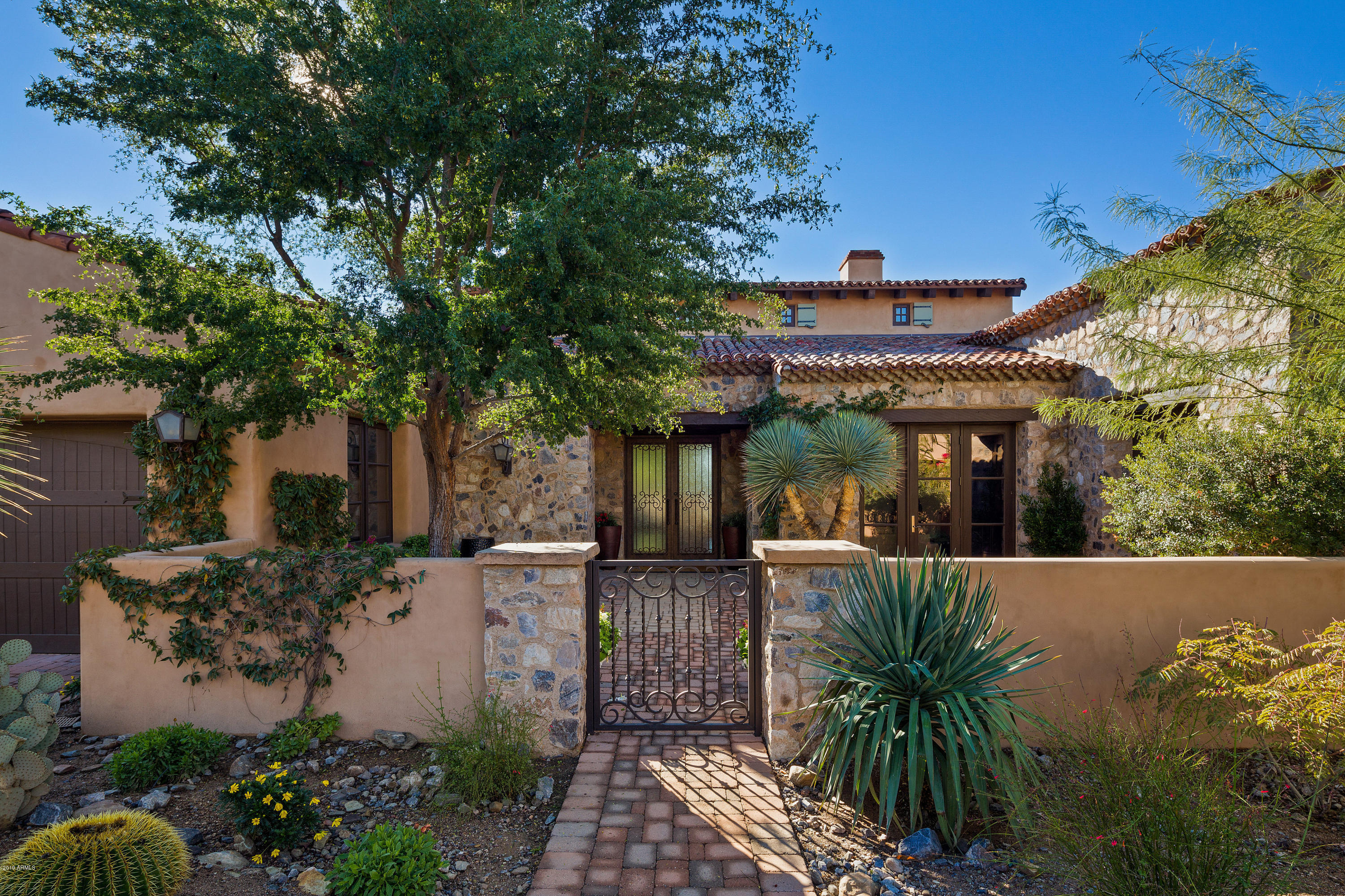 Johnye With Desert Scape Realty Is Your Premier Real Estate ...