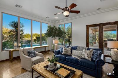 Scottsdale Single Family Home For Sale: 8606 E Los Gatos Drive
