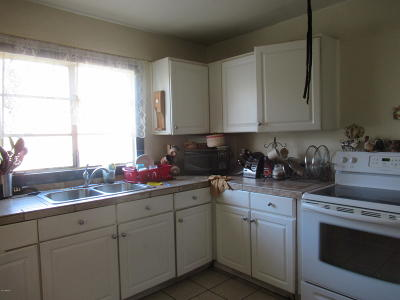 Phoenix Single Family Home For Sale: 9701 N 3rd Street