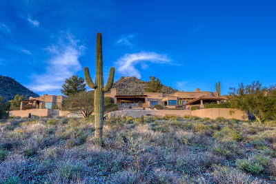 Carefree AZ Single Family Home For Sale: $2,150,000