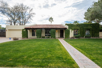 Single Family Home For Sale: 7961 E Via Bonita