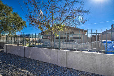 Single Family Home For Sale: 3531 W Maricopa Street