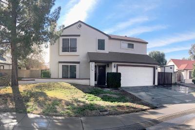 Glendale Single Family Home For Sale: 4767 W Piute Avenue