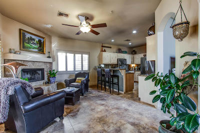 Phoenix Single Family Home For Sale: 6334 N 6th Way