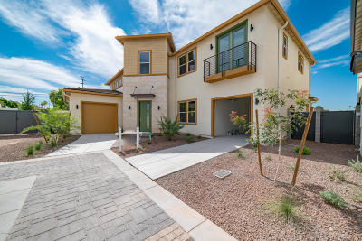 Phoenix Single Family Home For Sale: 1555 E Ocotillo Road #19