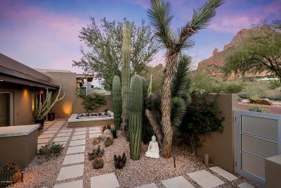 Phoenix Single Family Home For Sale: 5941 N Echo Canyon Lane