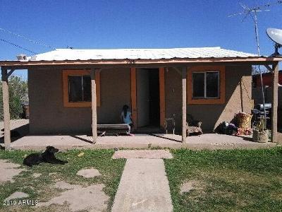 Single Family Home For Sale: 108 E 10th Street
