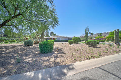 Paradise Valley Single Family Home For Sale: 5135 E Tomahawk Trail