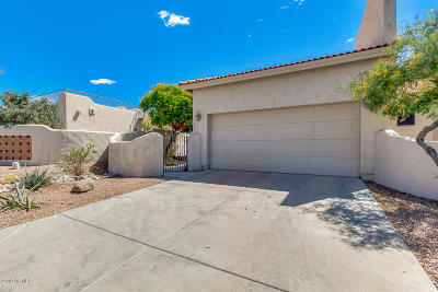 Gold Canyon Condo/Townhouse For Sale: 8743 E Sandtrap Court