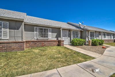 Glendale Condo/Townhouse For Sale: 5960 W Oregon Avenue #156