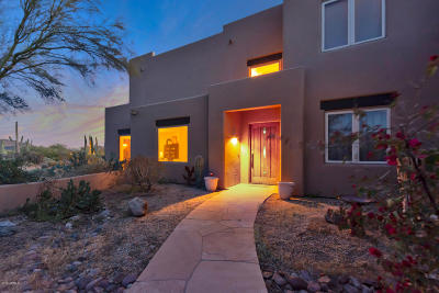 Scottsdale Single Family Home For Sale: 9411 E Happy Valley Road E