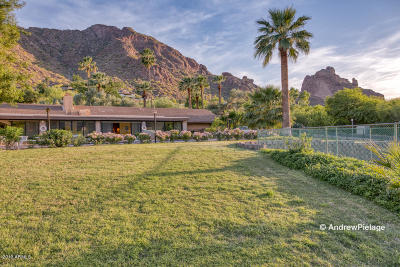 Paradise Valley Single Family Home For Sale: 5825 N Superstition Lane