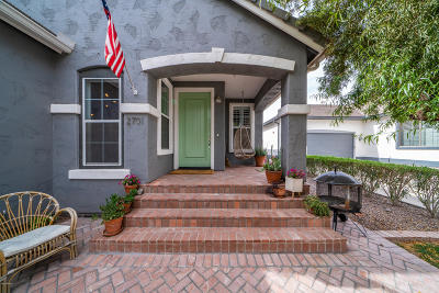 Gilbert Single Family Home UCB (Under Contract-Backups): 2701 E Hobart Street